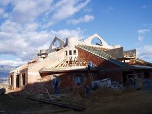 Nová strecha na greckokatolíckom kostole - Poprad