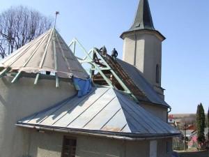 Rekonštrukcia strechy kostola - Orlov