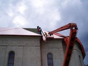 Rekonštrukcia strechy baziliky minor - ĽutinaRekonštrukcia strechy baziliky minor - Ľutina