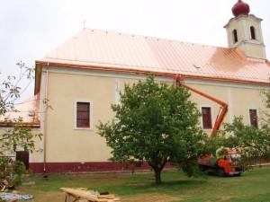 Rekonštrukcia strechy kostola - Trenčín, Orechové